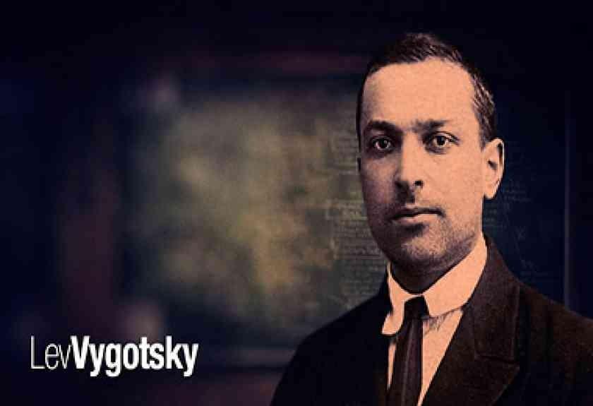 Relação Linguagem e Pensamento - Vygotsky